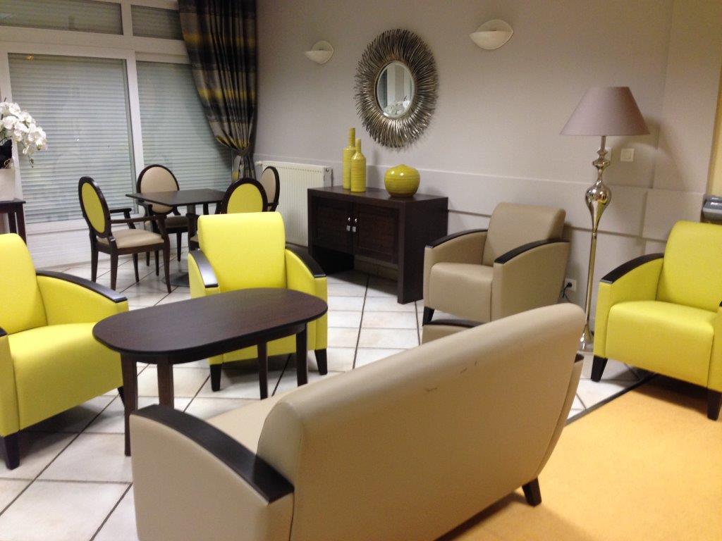 villae mobilier et d coration ehpad et maisons de retraite. Black Bedroom Furniture Sets. Home Design Ideas